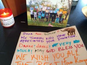 Freiwilligenarbeit Kenia Basteln mit Kindern DeeperTravel